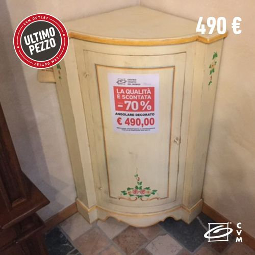 ANGOLO DECORATO  Angolo artigianale decorato a mano. Prezzo: 490,00 € Misure: L 52 x P 48 x H 110 cm