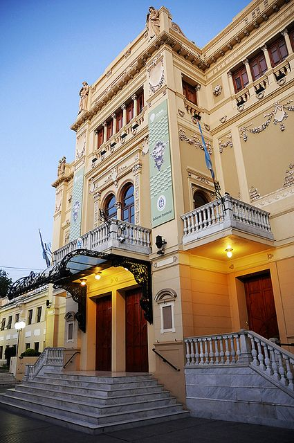 Teatro vera   Corrientes, Argentina.  Photo: http://m.youtube.com/#/watch?v=Rji3IxIBKK4=share_uri=%2Fwatch%3Fv%3DRji3IxIBKK4%26feature%3DshareSigfrid Lopez via Flickr