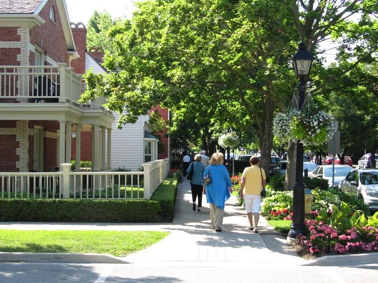 strolling along Queen Street