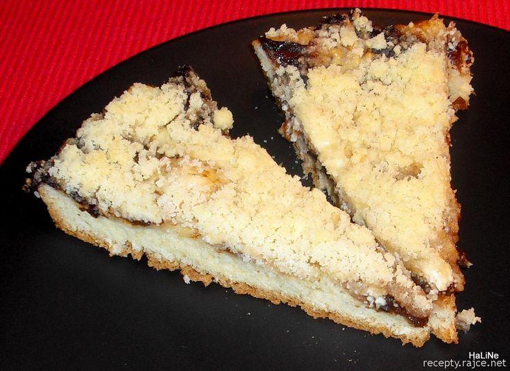 Kynutý koláč s povidly a tvarohem