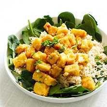 Krispig tofu i en sanslöst god sås med apelsin och mango chutney - Recept…