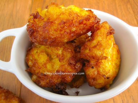 Regañonas (Colombian Corn Fritters) - These Regañonas or corn fritters are fantastic, they are crispy outside and soft on the inside, and if you have a vegetarian at home like me, they make a great meatless dish.