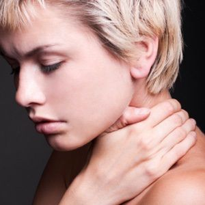 Fibromyalgia - can diet help? Despite the fact that millions of people suffer from fibromyalgia worldwide, very little is known about the origins of this debilitating chronic pain disorder and any potential cures.
