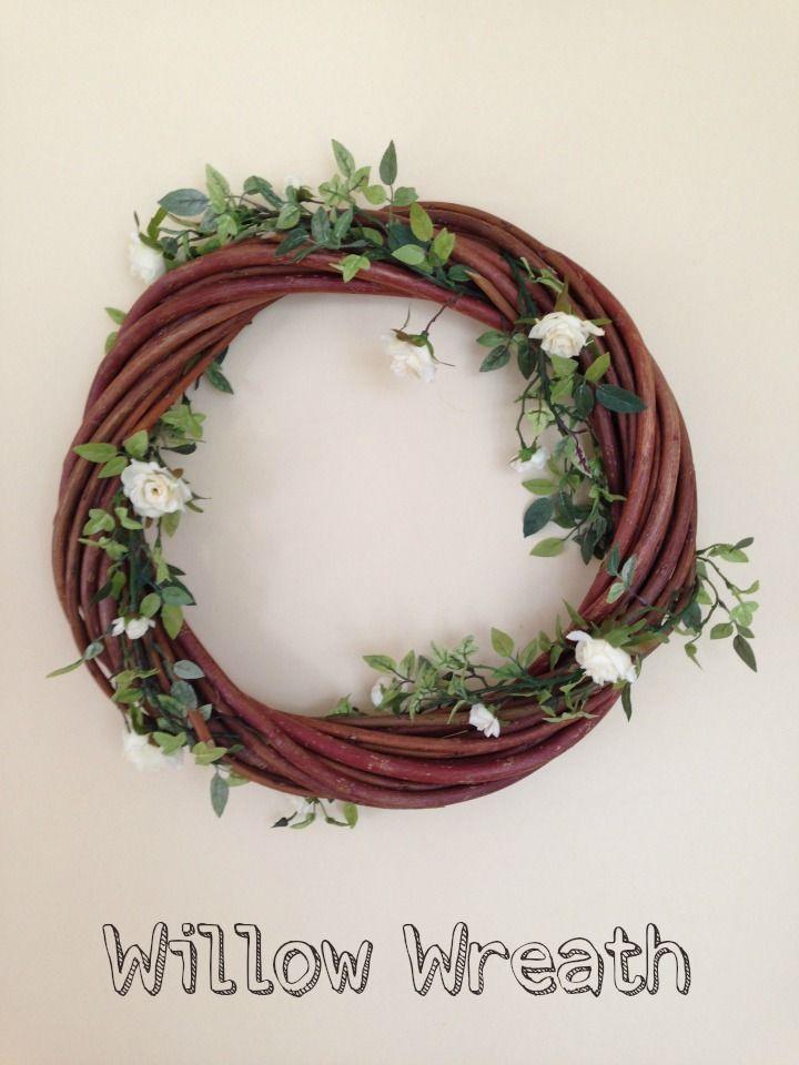 DIY Tutorial – Willow Wreath Decoration