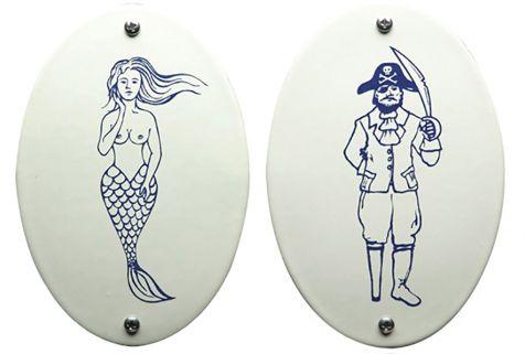 Zo weggelopen uit de zee, deze originele toiletbordjes!