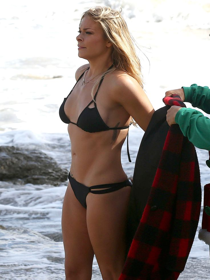 leann rimes bikini pictures fit as a fiddle   click play in slide show to reveal hidden