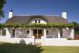 Manley Wine Lodge, Tulbagh, South Africa very nice to stay there altough it is devided in 2 livingspaces under one roof