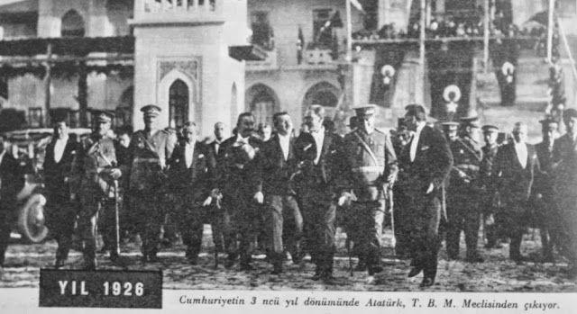 OĞUZ TOPOĞLU : atatürk cumhuriyetin üçüncü yıldönümü tbmm 1926