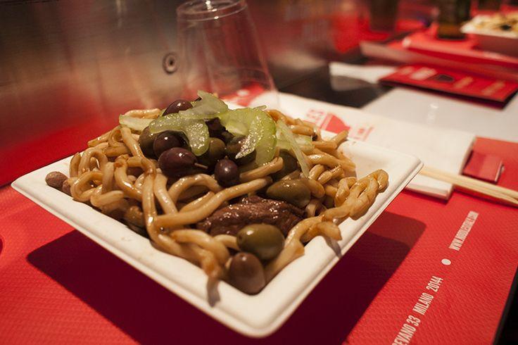 I noodles in via vigevano a Milano! Scopri di più qui: http://www.milanoize.com/2013/02/noodles-spaghetti-bar-in-via-vigevano/#