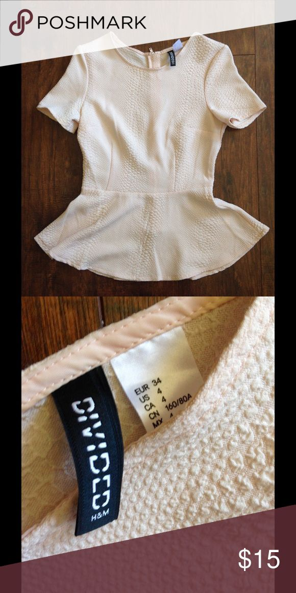 Peplum top cream/pink blouse H&M Barely worn peplum blouse looks great w tight black skirt or pantsuit H&M Tops Blouses