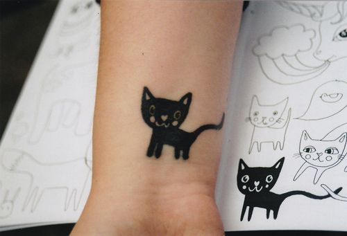 tattooKitty Tattoo, Wrist Tattoo, Black Cat Tattoo, Chat Noir, Cat Tattoos, Music Tattoo, A Tattoo, Blog, Ink