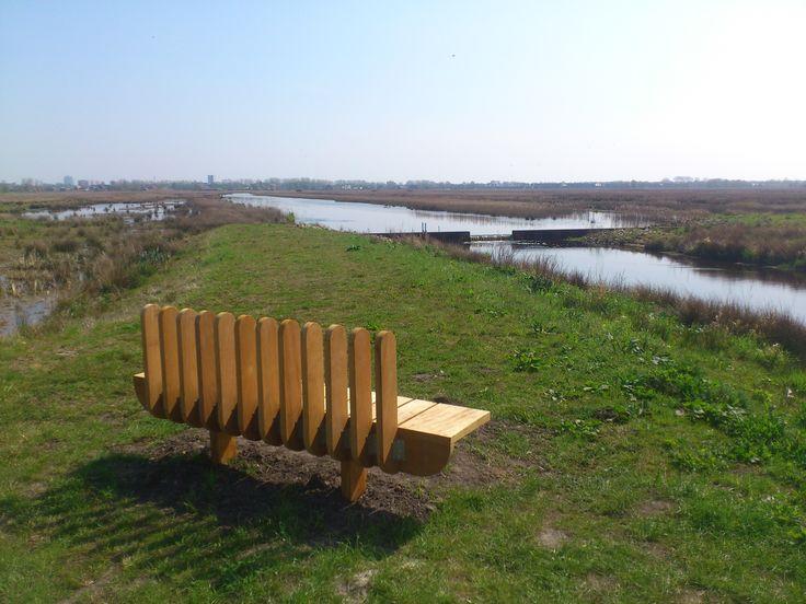 Grote ronde Onlanden (32km) http://wandelenrondroden.nl/megaroutes-20km/wandelroutes/langerdan20km/grote-ronde-onlanden  Een flinke wandelroute door dit nieuwe natuurgebied. Kort geleden is men begonnen met de aanleg van dit gebied dat dient als waterberging bij hoog water. Men heeft gezorgd voor een dubbelfunctie, het is namelijk tevens een groot natuurgebied waar veel dieren (veel vogels, maar ook otters, reeën, etc.) profijt van hebben. Ook zijn er fiets-/wandelpaden aangelegd voor…