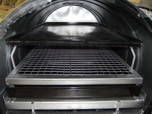 hornos de tambor 200litros a gas envasado y de red, pintados pintura alta temperatura y enlozados de 1 o 2 bandejas, puerta de frente con visor vidrio templado de 6mm de230x280mm y reloj de temperatura(pirometro) con chimenea regulable, todos