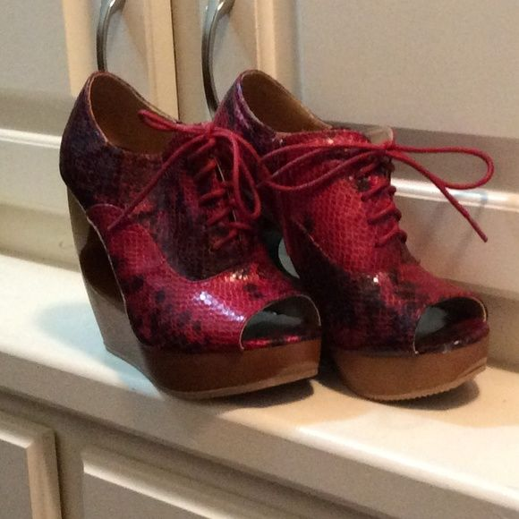 Red wedge bootie NWOT New never worn Shoes Wedges