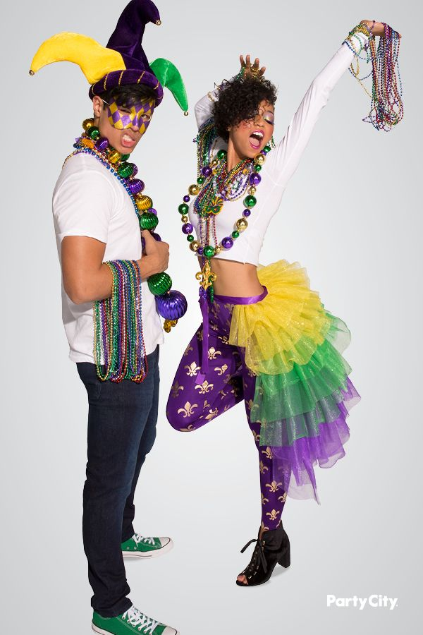 Head down to Bourbon Street with our Mardi Gras party accessories!