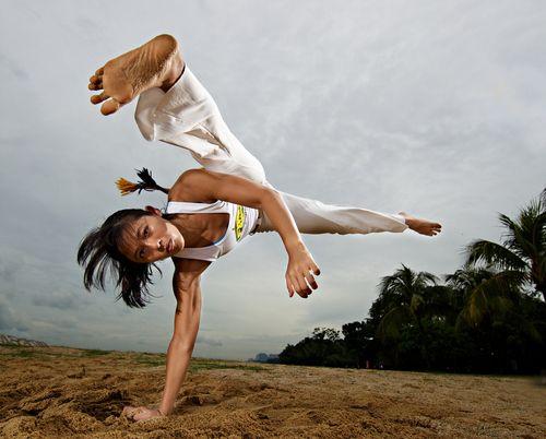 """brazilwonders:  Capoeira (by Fredrik Lonnqvist)   """