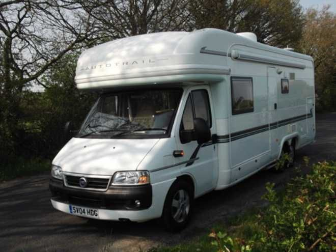 Auto-Trail Chieftain, 4 berth, (2004) Second Hand  Motorhome for sale in Gloucestershire