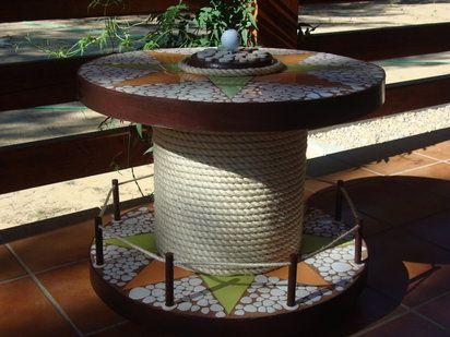 Mesa bar con una bobina de cable | Hacer bricolaje es facilisimo.com