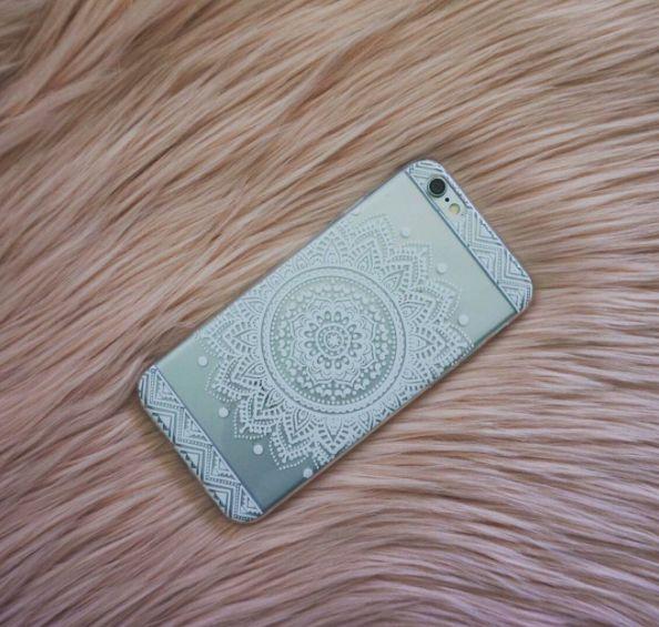 White Sun Seeker Henna Mobile Phone Case