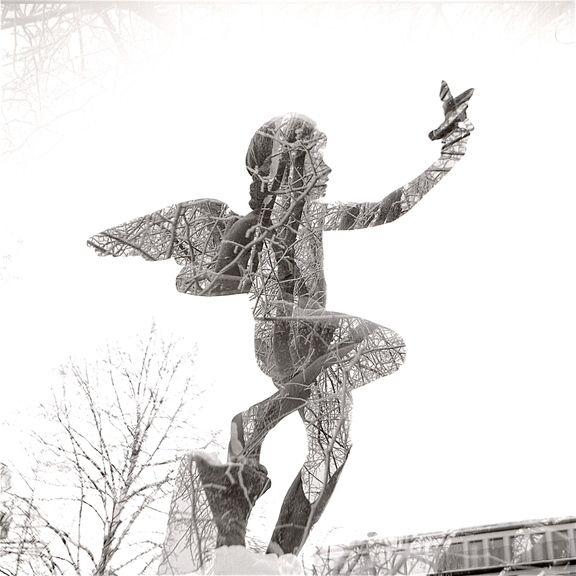 マガジンの アナログ ライフスタイル の二重の幻覚 – Lomo Lubitelで撮影 感動必至の二重露光写真 - ロモグラフィー