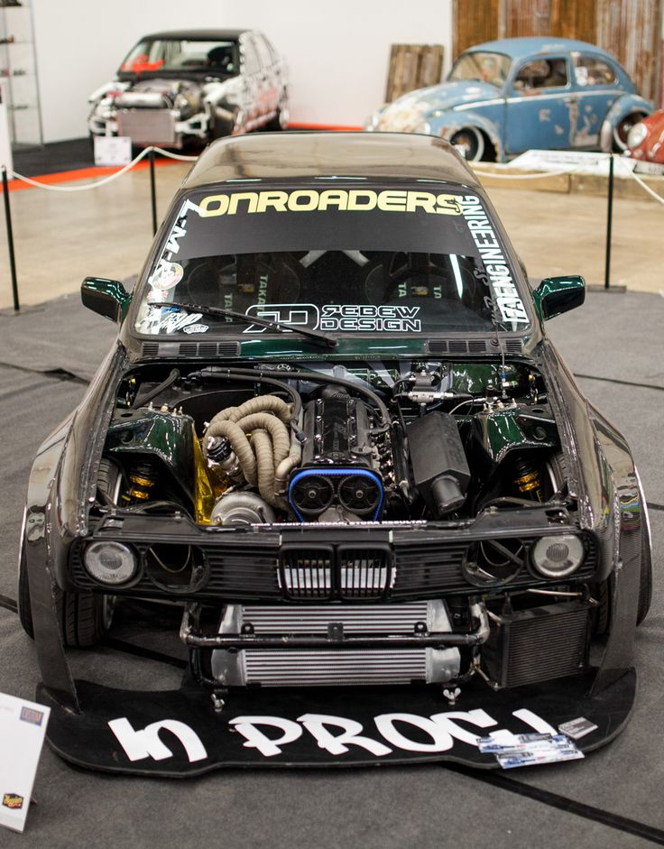 Carbon Widebody BMW e30 running what seems to be a pretty beefed up sr20det but not sure. Nicely executed project though. I like !