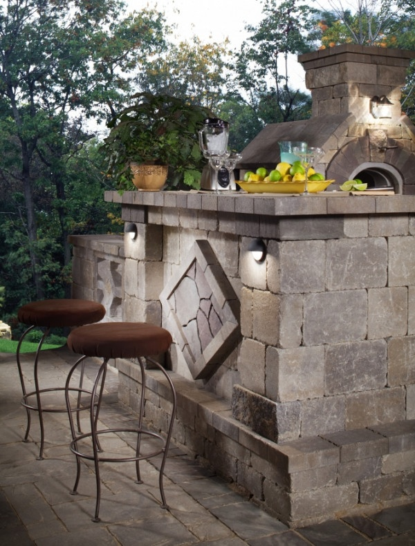 Happy hour in the backyard made easy with a modular unit from our Elements Collection.