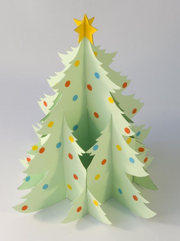 So kann der Weihnachtsbaum aus Papier aussehen. Bitte laden Sie sich als Vorlage das PDF herunter.