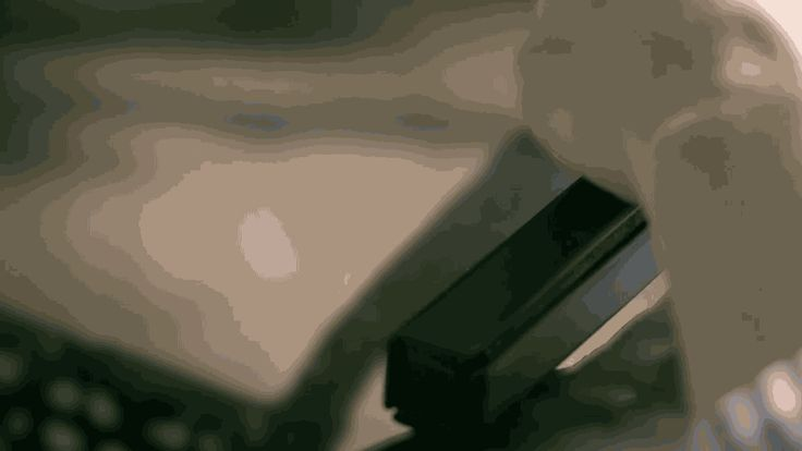 LGが丸めて持ち運べるキーボードRolly Keyboard を発表しました。、Rollyは巻き寿司のように丸めることができ、細長いスティックにして持ち運べます。