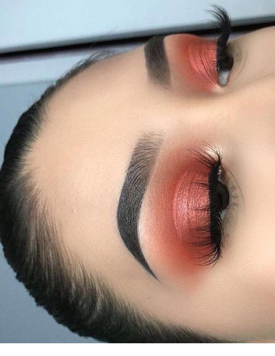 Gorgeous makeup for your cute eyes