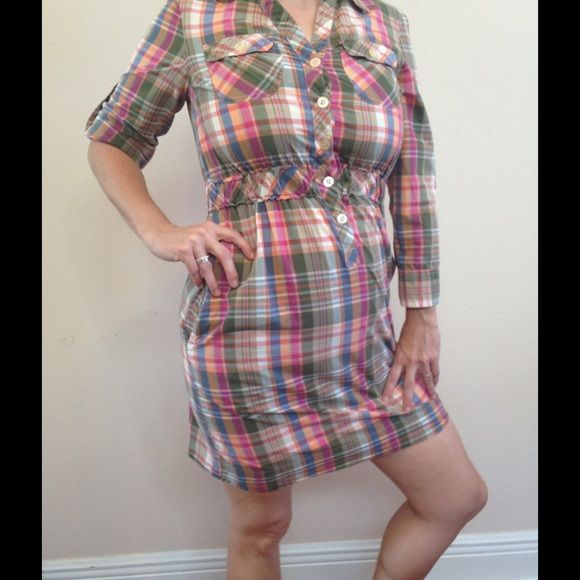 Adorable Tommy Hilfiger plaid dress with pockets Adjustable sleeves. All items in my closet - BOGO 50% off!!! Tommy Hilfiger Dresses