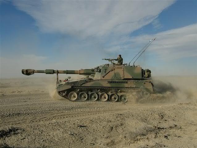 El obús autopropulsado de VCA (Vehiculo de Combate de Artilleria)