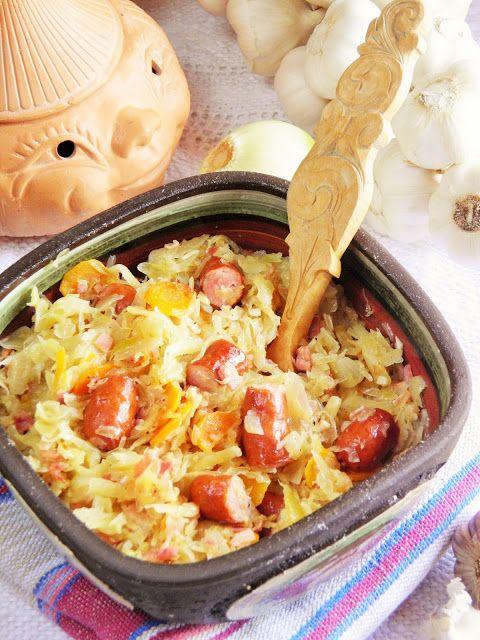 Kapusta to czarodziejskie warzywo i uwielbiam ją przygotowywać. I świeżą, i kiszoną mogę robić na tysiąc różnych sposobów i chyba nigdy m...
