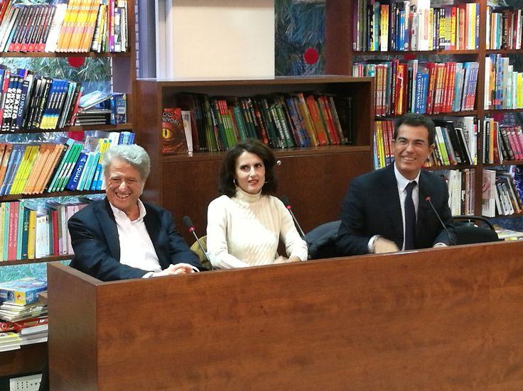"""Presentazione """"Il fuoco nudo"""" 20 Ottobre 2016 con Giovanni Floris e Ciriaco Scoppetta"""
