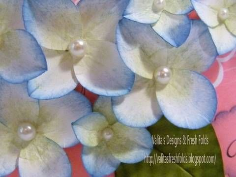Making paper Hydrangeas with your heart punch - YouTube