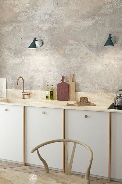 Tons of Texture You can never go wrong with pale, textured walls, whether in wallpaper or Venetian plaster.
