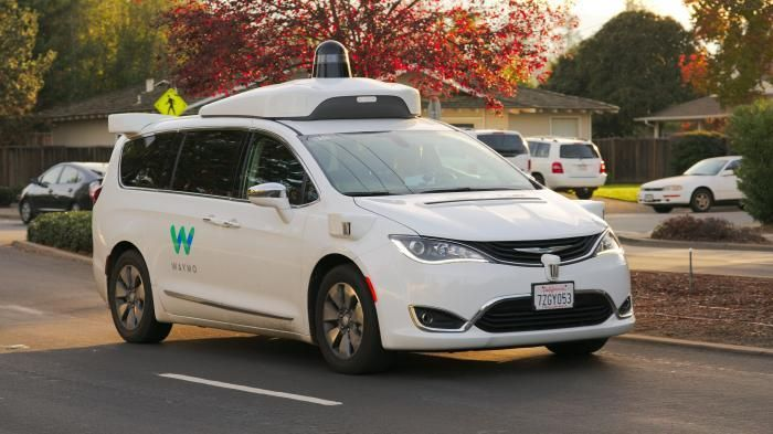 USA: safety NGO warns Hype of self-driving cars   A Waymo upgraded Chrysler MInivan on a test drive in Los Altos California  (Image: Dllu CC BY-SA 4.0 )   The US Parliament is working on a possible Opening of the floodgates for self-driving cars. Critics warn against too much optimism: The industry is unfounded and exaggerated predictions on the availability and reliability of the Autonomous Vehicle.   While the US go Parliament the dissemination of self-car wants to accelerate calls the…