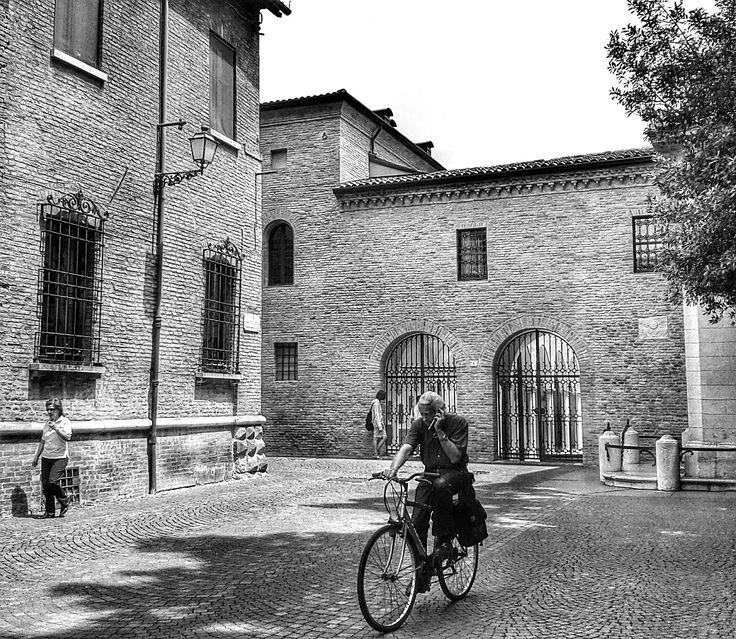 Ravenna, centro storico. Foto di Rob Damat