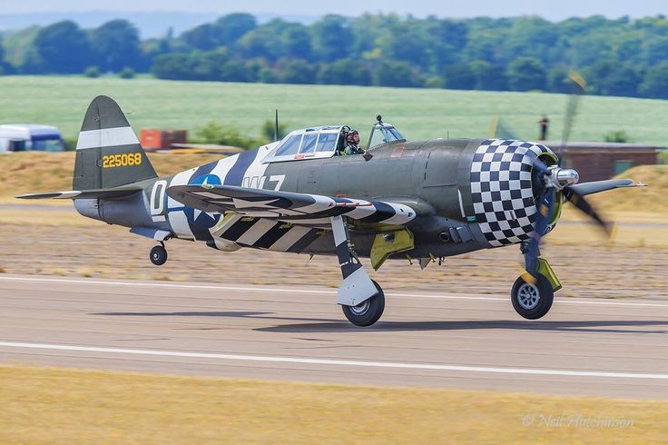 """""""SNAFU"""" Republic-Curtiss P-47G-10-CU Thunderbolt (Sn 42-25068) (G-CDVX) (D-WZ) Flown in 84th Fighter Squadron Paint Scheme -  Owned by Patina Ltd-The Fighter Collection, Duxford, UK"""