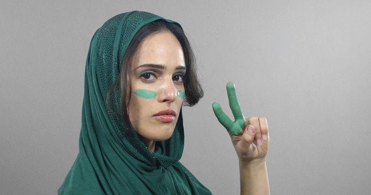 Mais um vídeo mostrando 100 anos de beleza da mulher.  Já mostramos da mulher com pele clara e escura, agora com estilo da mulher islãmica. ...