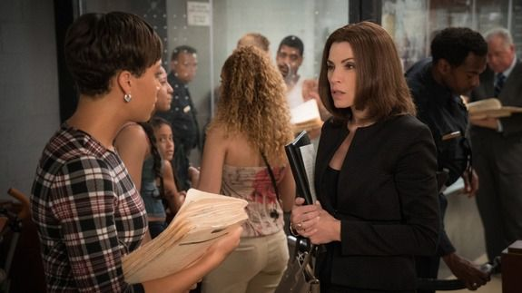Alicia starts to make her comeback in 'The Good Wife' season 7 premiere