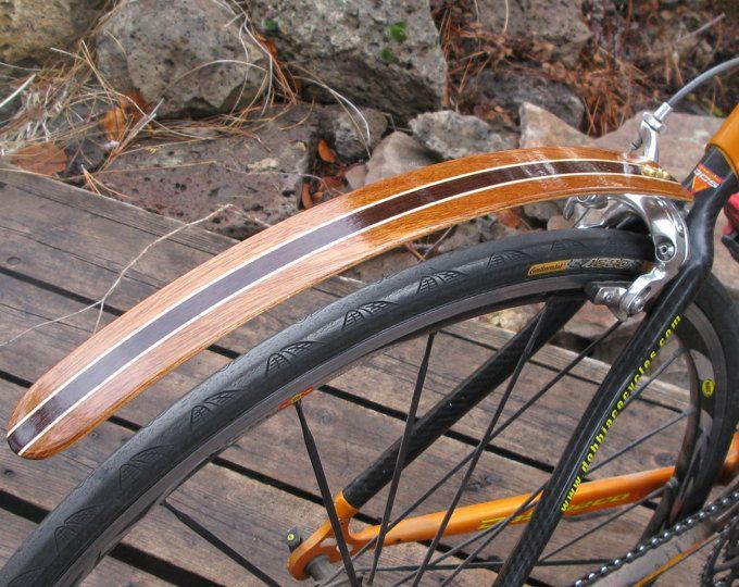 Holz Fahrrad Kotflugel Hand Aus Wenge Und Blut Holz Tolle Etsy In 2020 Bicycle Bicycle Bike Bicycle Pump