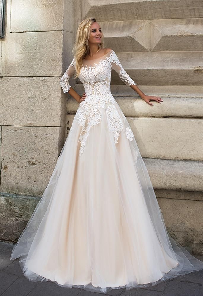 Lace tulle long slevee white ivory princess ball gow lace