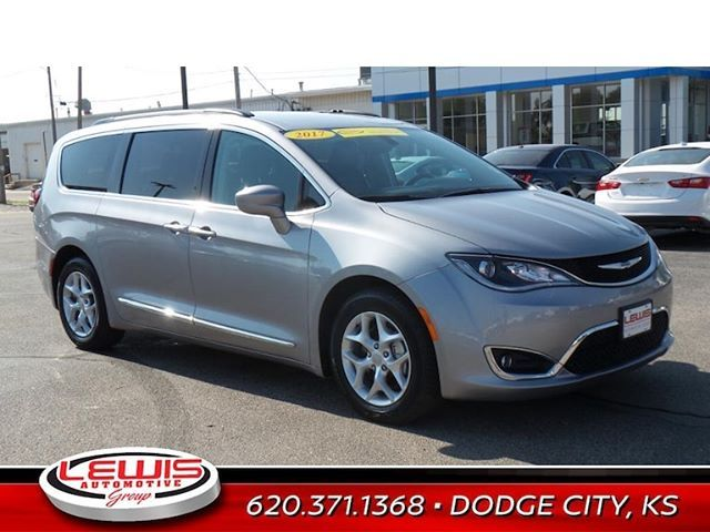 2017 Chrysler Pacifica Touring Miles 46 753 Lewis Sale Price 23 250 Usedcars Usedcarsforsale Buylocal Buyforless Chrysler Pacifica Chrysler Used Cars