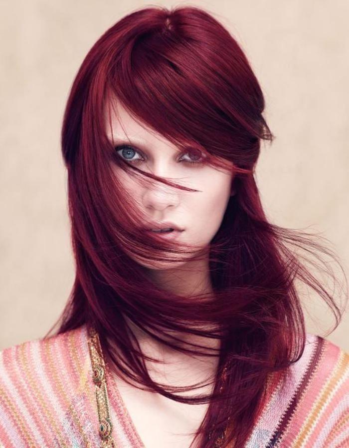 teinture acajou cheveux lisses bourgogne - Belle Color Acajou