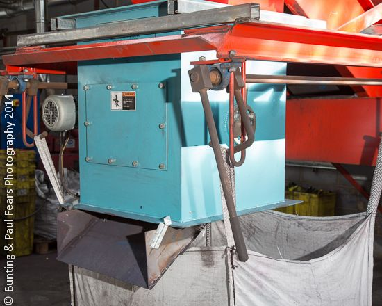 Having fun photographing a #Bunting #MagneticSeparator installed in a toner #recycling plant.