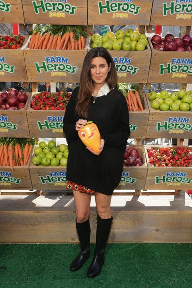 Jamie Lynn Sigler hosts Kings #BeAFarmHero urban farming Pop-Up event at Flatiron Plaza on April 9, 2014 in New York City that celebrates the launch of the mobile game Farm Heroes Saga.