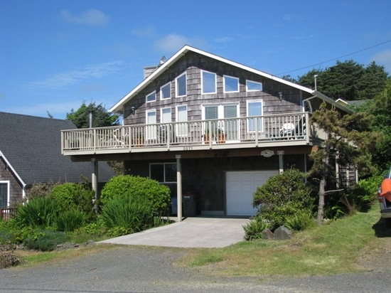 65 best vacation rental homes images on pinterest rental for Beach house rentals cannon beach