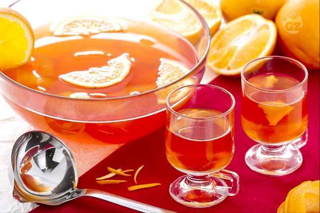 Il punch all'arancia è una bevanda alcolica tipica dei paesi anglosassoni, servita calda. E' caratterizzata da un gusto fruttato e dolce.