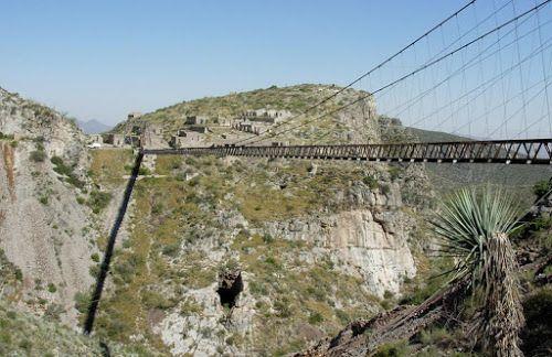 Mega Engenharia: Ponte suspensa de Ojuela – México