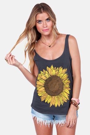 Check it out from Lulus.com! The O'Neill Trippin Grey Sunflower Tank Top perfectly captures the spirit of a summer road trip with friends! Charcoal grey knit sports a plunging scoop neck and back next to carefree tank straps, with a fun, slightly rounded hem below. A large, lively sunflower brightens up the front with the word